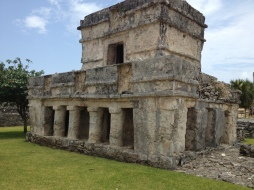 Tulum Temple of the Frescoes. Riviera Maya tours.