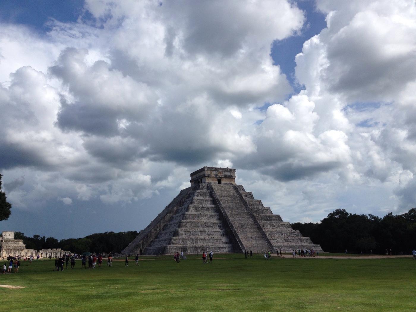 Oneof the most impressive mayan cities is Chichén Itzá.