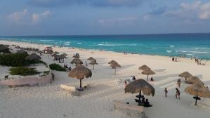 Cancun Beach El Mirador. Tour Cancun